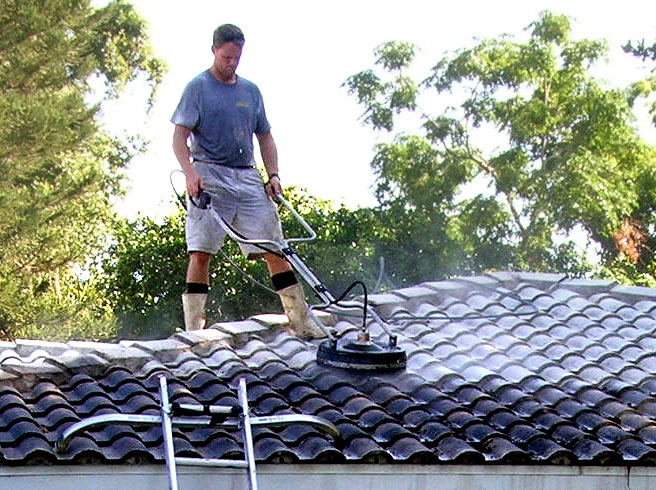 Our non chemical approach eliminates the streaking spotting and discoloration commonly associated with Chemical Cleaning. Donu0027t ruin your roof - clean it ... & Pressure Cleaning Roofs | Roof | Cleaning Services Sarasota memphite.com